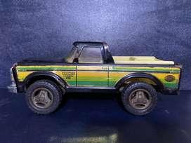 Vendo Antigua Camioneta Bronco Ranger XLT de Hojalata  Juguete Navidad Colombia Usada
