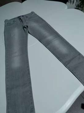 Jeans Nena talle 12 gris