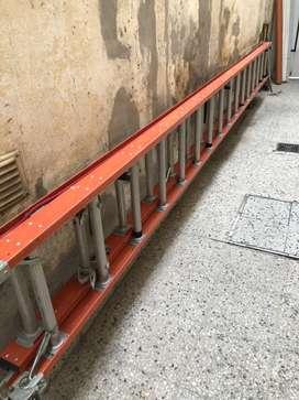 Escalera de Aluminio extensible