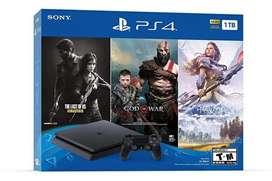 PS4 de paquete  con tres juegos