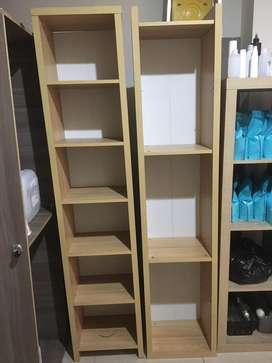 Muebles para negocio: Vitrina y Estantes Biblioteca