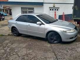 Vendo cambio Mazda 6 modelo 2005 sedan motor 2000 cc, caja mecánica buen estado full se cambia , encima placa Pereira