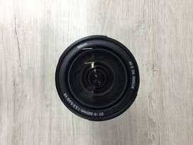 Lente Nikon 18-300 F3.5-5.6 ED  .Producto usado, estado 9/10