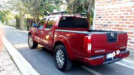 Nissan frontier 2009 doble cabina 4x4
