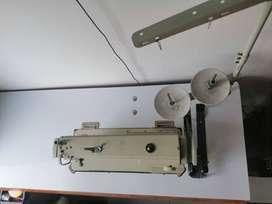 Máquina de coser industrial Typical