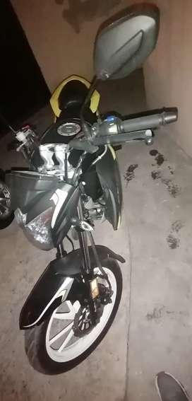 Vendo moto axoo como nueva cilindraje 200