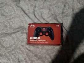 Bluetooth Gamepad S5