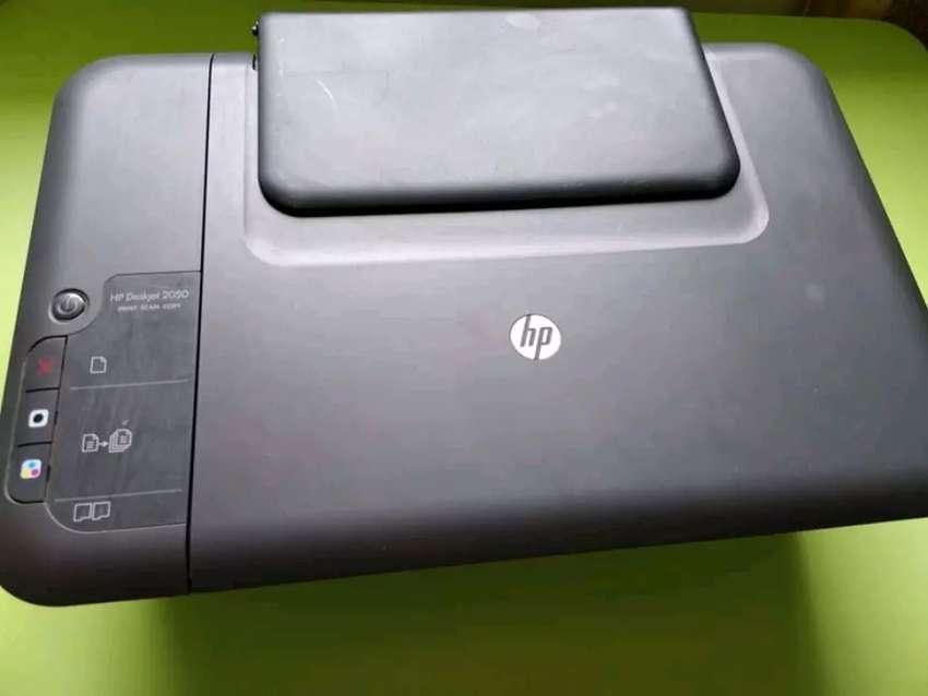 Impresora Multifuncional HP 2050 0