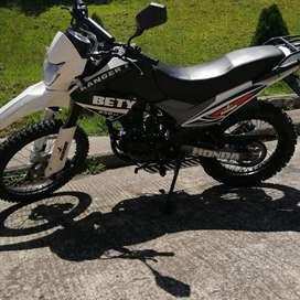 VENDO MOTO RANGER 250cc  Comoletamente  nueva