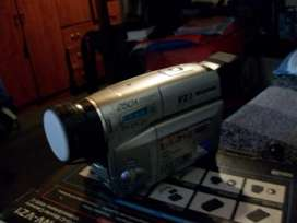 PANASONIC VHSC MOVIE CAMERA. MODELO NVVZ1PN/PNA NVRZ3PN/PNA
