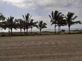 En venta terreno de 47.325 metros en Manabi Puerto López frente al mar con salida a la ruta del Spondyllus