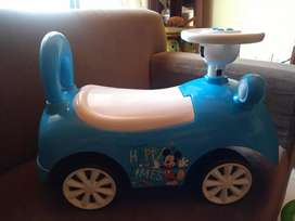 Carro musical montable Mikey mause