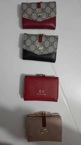Vendo billeteras para dama