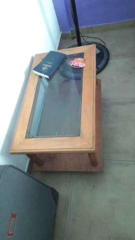Vendo juego de linving urgente por mudanza $18500