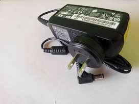 cargador original portatil acer  ref ADP-4OTH