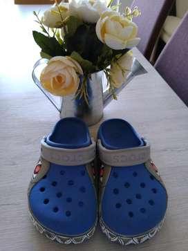 Crocs Originales Usadas en Buen Estado