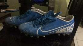 Guayos- Nike