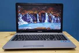 Notebook Samsung con Garantía - Impecable - Pantalla Grande - Entrega sin cargo - Cuotas