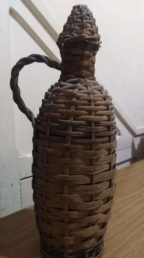 Botella Antigua para Decoracion 0