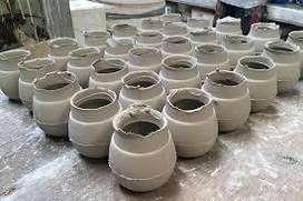 Se requiere persona con experiencia en vaceado y elaboración de ceramica para taller artesanal.