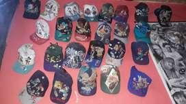 Vendo colección de gorras clasicas o por unidad