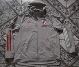 Campera rompeviento River Plate adidas 2021