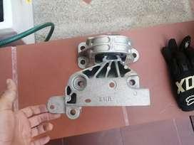 Soporte motor Duster 2.0, nuevo