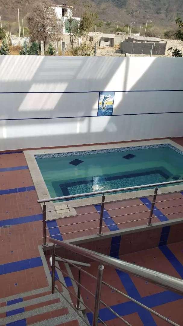 Alquiler de cabaña amoblada con piscina 0