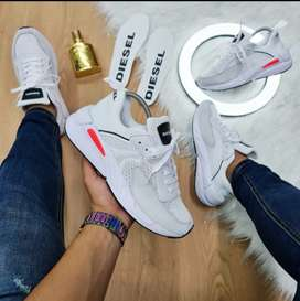 Lindas zapatillas