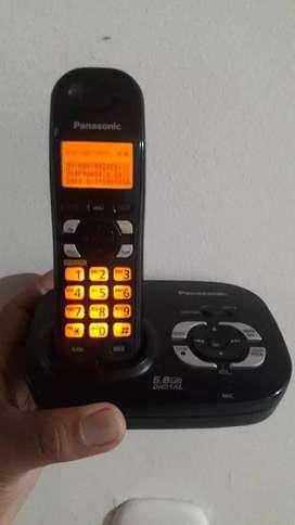 Panasonic con identificador, altavoz y contestador automatico