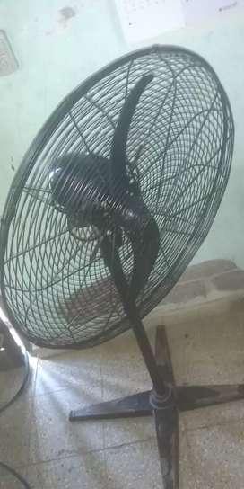 vendo ventilador en muy buen estado nada de uso
