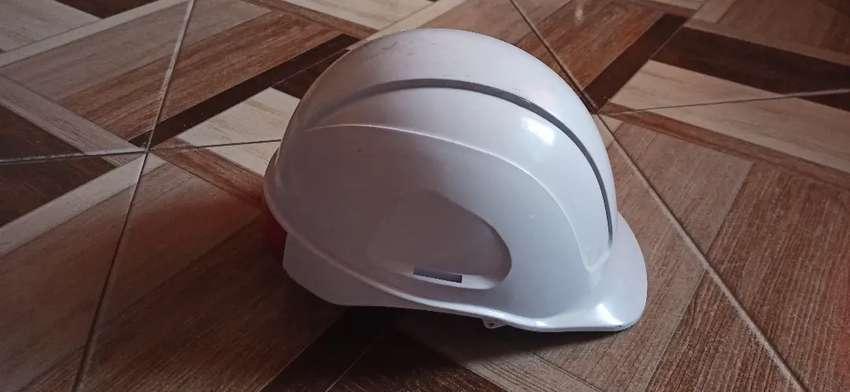 Casco de seguridad tipo Ingeniero