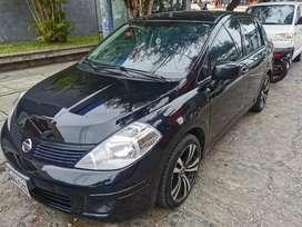 Nissan tiida 2016