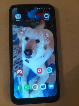 Vendo celular Samsung A30 de 32 gigas.