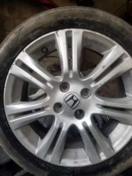 Vendo rines de honda fit