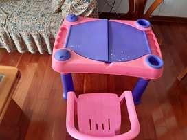 Remato escritorio de niña de segunda mano