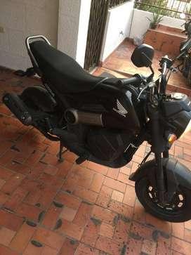 Vendo moto honda Navi 2019