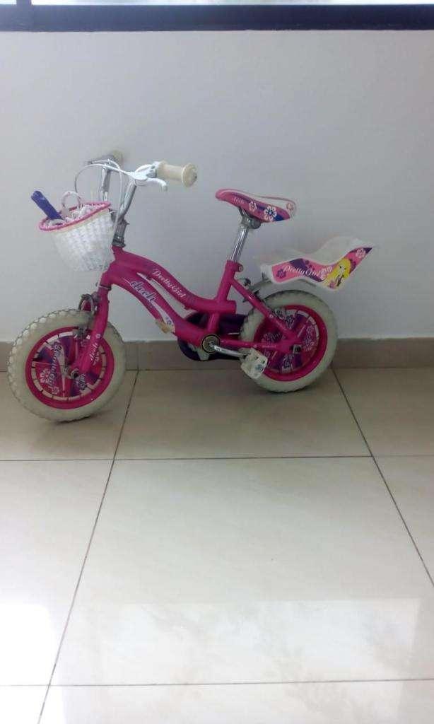 Bicicleta para niña 0