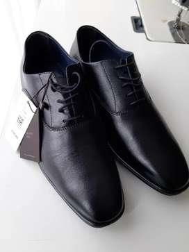 Zapatos #39 Arturo Calle Cuero mitad de precio