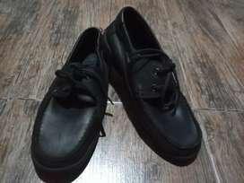 """Zapatos escolares """"Kickers"""""""