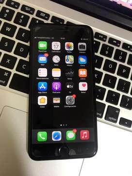 iPhone 7Plus liberado (detalle)