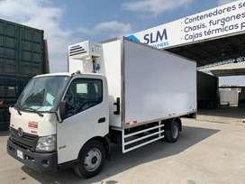 Furgones aislados para transporte de alimentos.