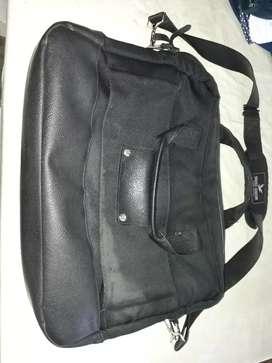 Vendo maletin bros lonson nuevo