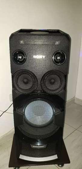 Vendo equipo de sonido sony $650.000 buen estado .