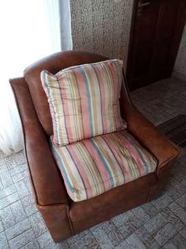Sillones tipo sofá con detalles