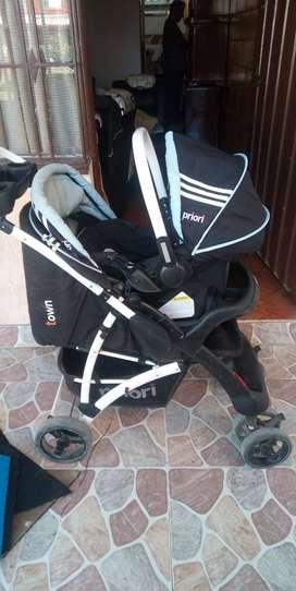 Coche Priori Pará Bebé Con Silla Pará Carro