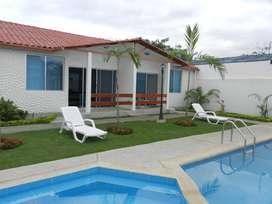 Venta Bonita Casa en Tonsupa 75.80 mts. 3 Dorm.  $65800