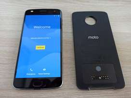 Motorola Moto Z2 Play Xt1710-06 4gb Ram, 64gb Rom + Moto Mod de Batería