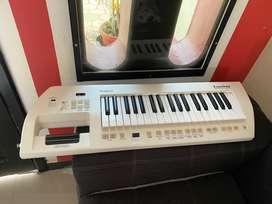 Keytar Roland