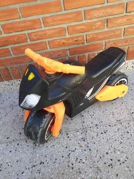 Vendo moto/caminador en excelente estado